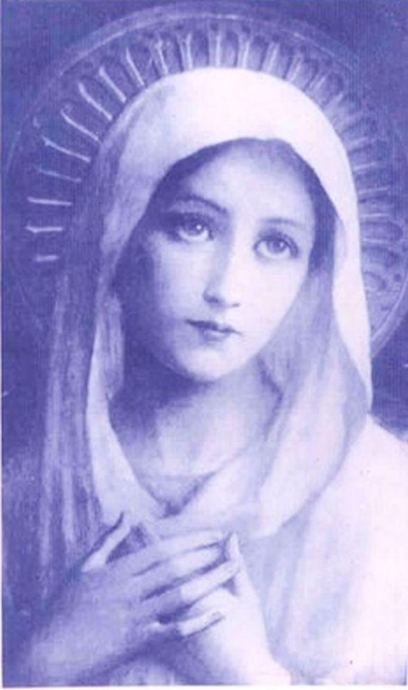 Roses and saints memyselfandela for Holy mary tattoo