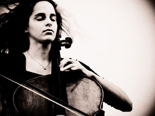 woman-cello1