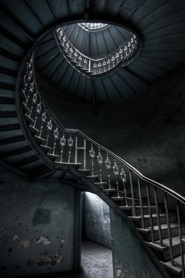 spiral-staircases-13