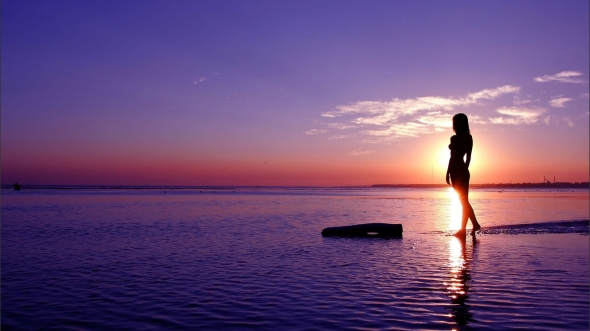 11271-nature-ocean-purple-scenic-sky-sun-sunrise-sunset-women_1920x1080