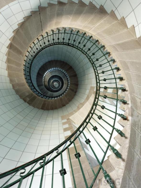 spiral-staircase-in-a-lighthouse