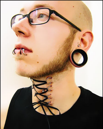 Crazy Piercings (2)