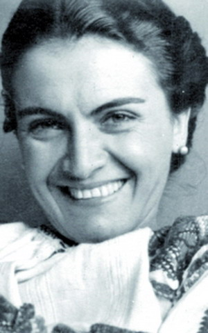 MARIA RAZAND