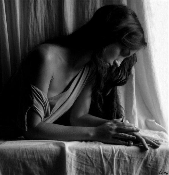 Sad_girl_alone_by_vadoc89