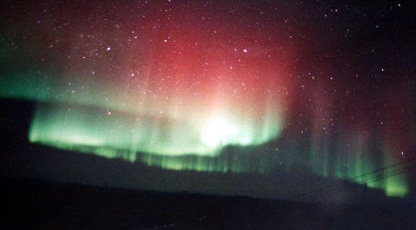 aurora-borealis-aurora-borealis-10324487-1600-1034