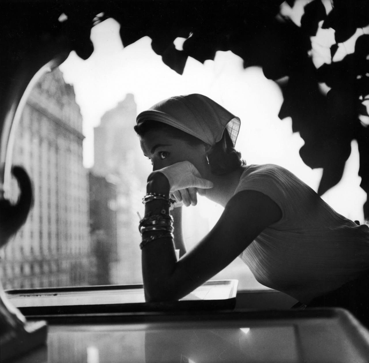 untitled fashion shot for Lilly Daché hats, 1952